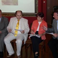 Konferencja w Instytucie Historii Uniwersytetu Opolskiego (26.V.2009)_6