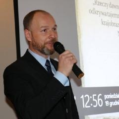 Odsłonięcie tablicy upamiętniającej prof. Leszka Kuberskiego (19.12.2016)_15