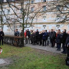 Odsłonięcie tablicy upamiętniającej prof. Leszka Kuberskiego (19.12.2016)_22