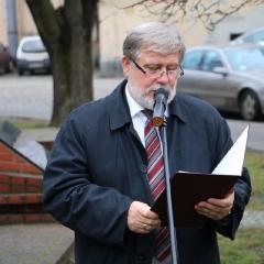 Odsłonięcie tablicy upamiętniającej prof. Leszka Kuberskiego (19.12.2016)_5